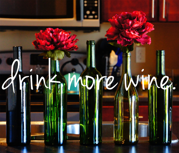 DIY: wine decor. // LLinaBC.com